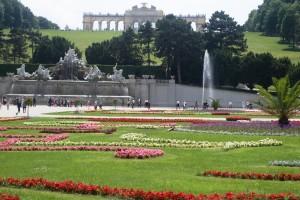 Schoenbrunn Park in Vienna